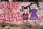 Tekst: 'draag zorg voor Alemao' (naam van de favela). Foto Tine Vanhee