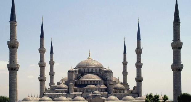 Sultan Ahmetmoskee in Istanbul. Foto Dersaadet / Wikimedia Commons